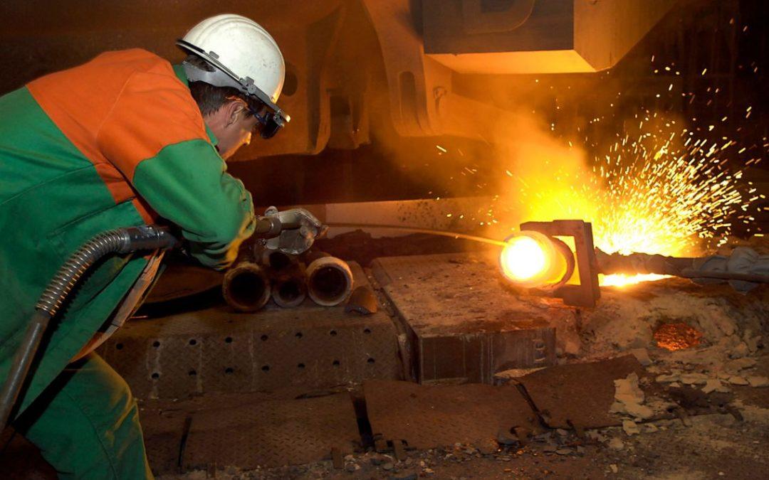 Economía defenderá a productores mexicanos, pero descarta renovar salvaguarda en acero